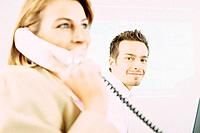 Geschäftsmann Porträt Geschäftsfrau Telefon telefonieren