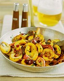 Pan-cooked pumpkin dish with red onions