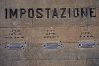 florence, post office building detail