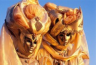 Couple with carnival costume and mask in Venice, Venice, Italy, Europe