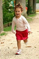 CHILD OUTDOORS<BR>Model.<BR>3-year-old girl.