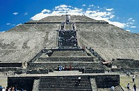 Mexico, Teotihuacan, pyramid of the sun