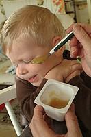 INFANT EATING<BR>Model.