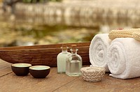 Assorted spa items