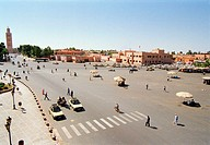 Morocco, Marrakesch, Djemaa El Fna,  Street scene,   Africa, North Africa, city, center, place, drift, cars, passer-bys, people, buildings, architectu...