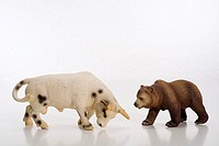 Plastic-figures, bull, bear, symbol, finance-market, economy, stock exchange, toy, figures, symbol, finances, share prices, stock market prices, boom,...