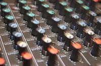 mixer / electronic music