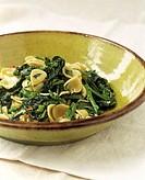 Orecchiette pasta with spinach and broccoli