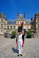 France, Europe, Fontainebleau, castle, UNESCO, World heritage, architecture, building, guard, historic costume, man, s