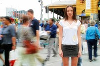 Street-scene, woman, young, passers-by, movement, fuzziness,