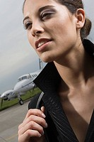 Close_up of a businesswoman looking away