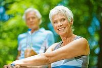 Senior couple taking a break, portraitr