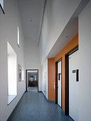 BAMBURGH CLINIC, NEWCASTLE UPON TYNE, TYNE & WEAR, UK, MAAP ARCHITECTS LTD, INTERIOR, VIEW OF TWO DOORS WITH LARGE WINDOW