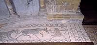 Lescar, Ancienne cathedrale, pavements de mosaiques