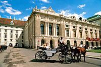 Austria _ Vienna _ Carriage _ Hofburg