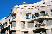 Facade of Milà House, aka ´La Pedrera´ (Gaudí, 1906-1912). Barcelona. Spain