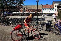 Sweden, Skane County, Malmo, Lilla Torg Square with restaurants and pubs, bikes are allowed in this area