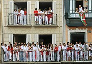 People waiting for ´chupinazo´, the opening ceremony of the San Fermin Festival, Pamplona. Navarra, Spain