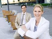 Germany, Baden_Württemberg, Stuttgart, Two businesspeople taking a break