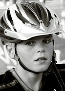 Nie ohne Helm