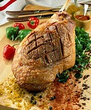 Leg of lamb from Lozère, honey and spices