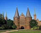 Holstentor Gate, Hanseatic city of Luebeck, Schleswig-Holstein, Germany, Europe