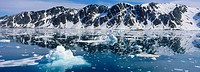 Icy scenery, Fuglefjorden, Spitzbergen, Norway, Europe