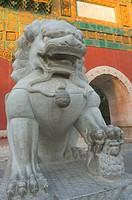 Statue and gate, Beihai Park, Beijing, China, Asia