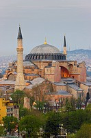 Elevated view of Aya Sofya Hagia Sophia Sancta Sophia, UNESCO World Heritage Site, in Sultanahmet, Istanbul, Turkey, Europe