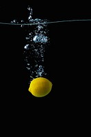 Lemon Underwater