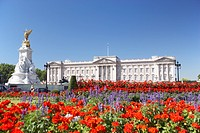 Buckingham Palace With Flowers Blooming In The Queen´s Garden, London, England