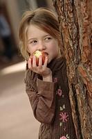 Little girl snack