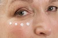 Senior woman anti_wrinkles