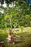 Woman with Children, Nature, Lago do Coridiqui Community, Novo Airão, Amazonas, Brazil