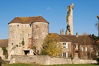 France, Oise, the castle and the village of Montepilloy