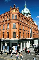Ireland, Dublin, Henry Street, main pedestrian street in downtown