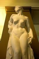 -Art in Victoria & Albert Museum- London.