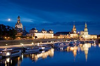 View over river Elbe to Bruhl´s Terrace, Dresden Castle, Standehaus and Katholische Hofkirche, Dresden, Saxony, Germany
