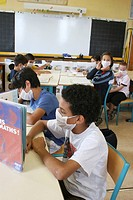 Simulation for influenza A prevention in a primary school.