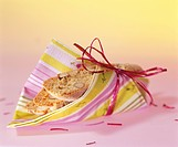 Cantuccini gift_wrapped in a napkin