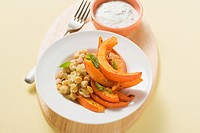 Spicy chick_peas with baked pumpkin