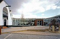 RES RENEWABLE ENERGY SYSTEMS HEAD OFFICE AND VISITOR CENTRE, KINGS LANGLEY, UNITED KINGDOM, Architect STUDIO E ARCHITECTS