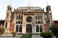Sirkeci railway Station, Ottoman art nouveau building, former terminal stop of the Orient Express, Istanbul, Turkey