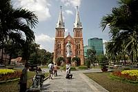 Notre-Dame Cathedral, cycle rickshaw, in Ho Chi Minh City, Saigon, Vietnam, Asia