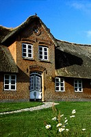 frisian building with neat entrance, Germany, Schleswig_Holstein, Sylt