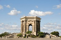 Square, Place Royale du Peyrou, Peyron, pavilion, water tower, Old Town, Montpellier, Herault, Languedoc Roussillon, France, Europe