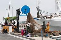 Hafen,Haefen,Hafenszene,Hafenszenen,Hafenszenerie,Hafenszenerien,Hafenansicht,Hafenansichten,Boot,Boote,Fischerboot,Fischerboote,Wirtschaft,Fischfang,...