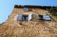 rance 84 - Vaucluse - Luberon - Ansouis - Chateau d´Ansouis Situe dans le Parc Naturel Regional du Luberon, Ansouis, fait partie du cercle tres ferme ...