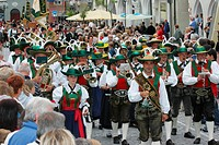 Group from South Tirol at an international festival for traditional costume in Muehldorf am Inn, Upper Bavaria, Bavaria, Germany, Europe