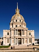 Golden dome of the church at Les Invalides, Paris, France, Europe